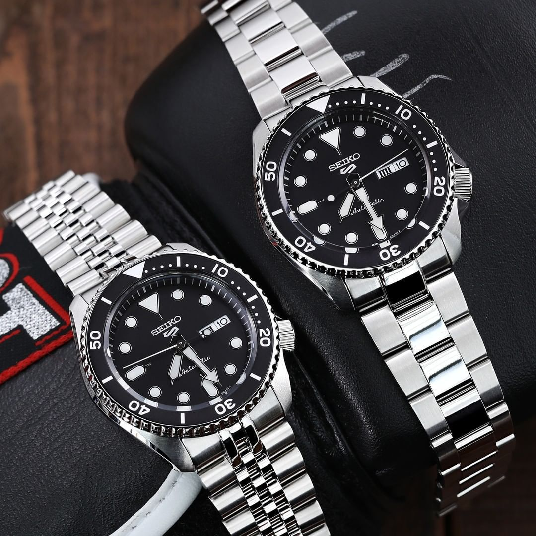 """Featured image for """"Seiko SKX vs. Seiko 5 Sports Divers. What's the Difference? – Part 2"""""""